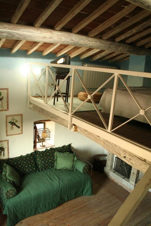 loft bed in suite delle colombe