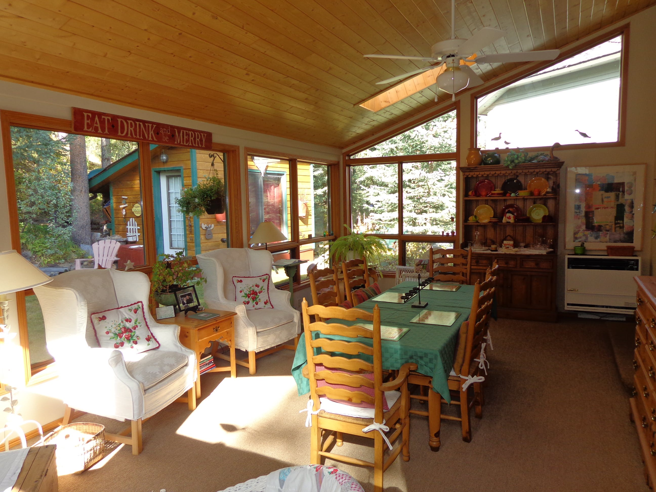 "Relax, dine, read, play games in our great ""garden room"""