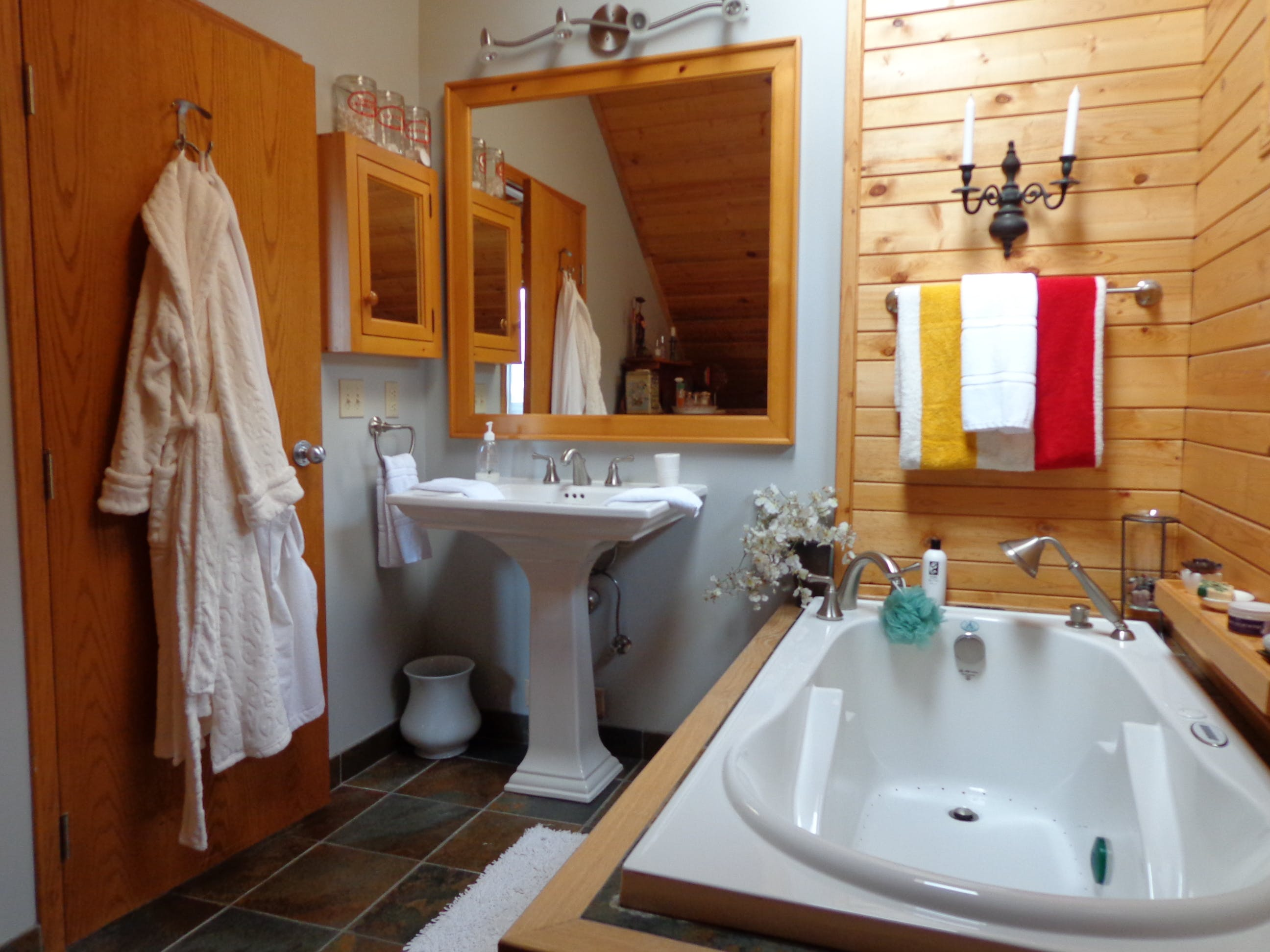 Mountain View ensuite bathroom has massage tub and hand shower