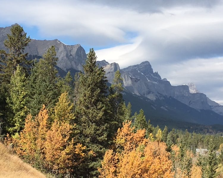 Stunning Rocky Mountain views in Canmore, Alberta near Ballyrock Home