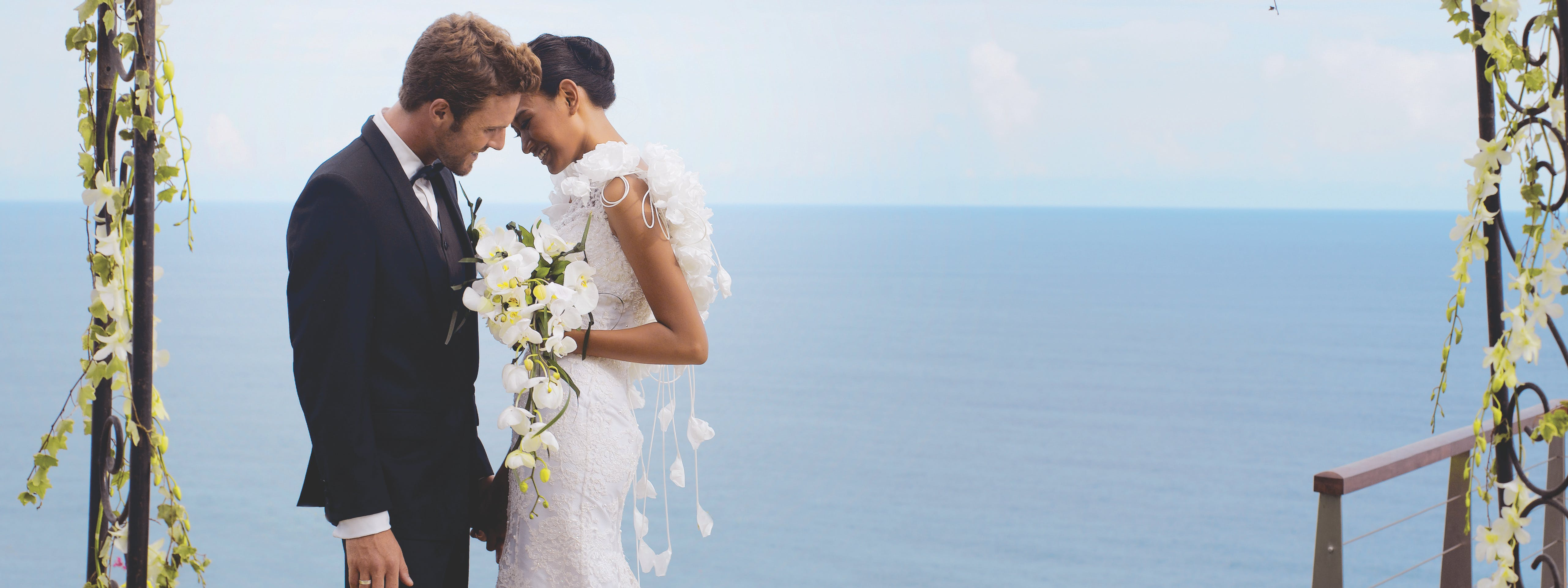 The Wedding at The edge Luxury Villa Resort, Uluwatu Bali