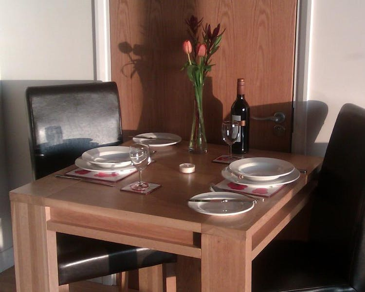 Dining area - Liberty Wharf Apartments