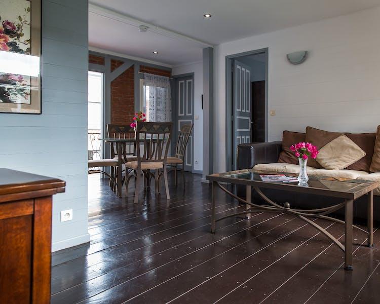 accueil la belle etoile appart 39 h tel. Black Bedroom Furniture Sets. Home Design Ideas