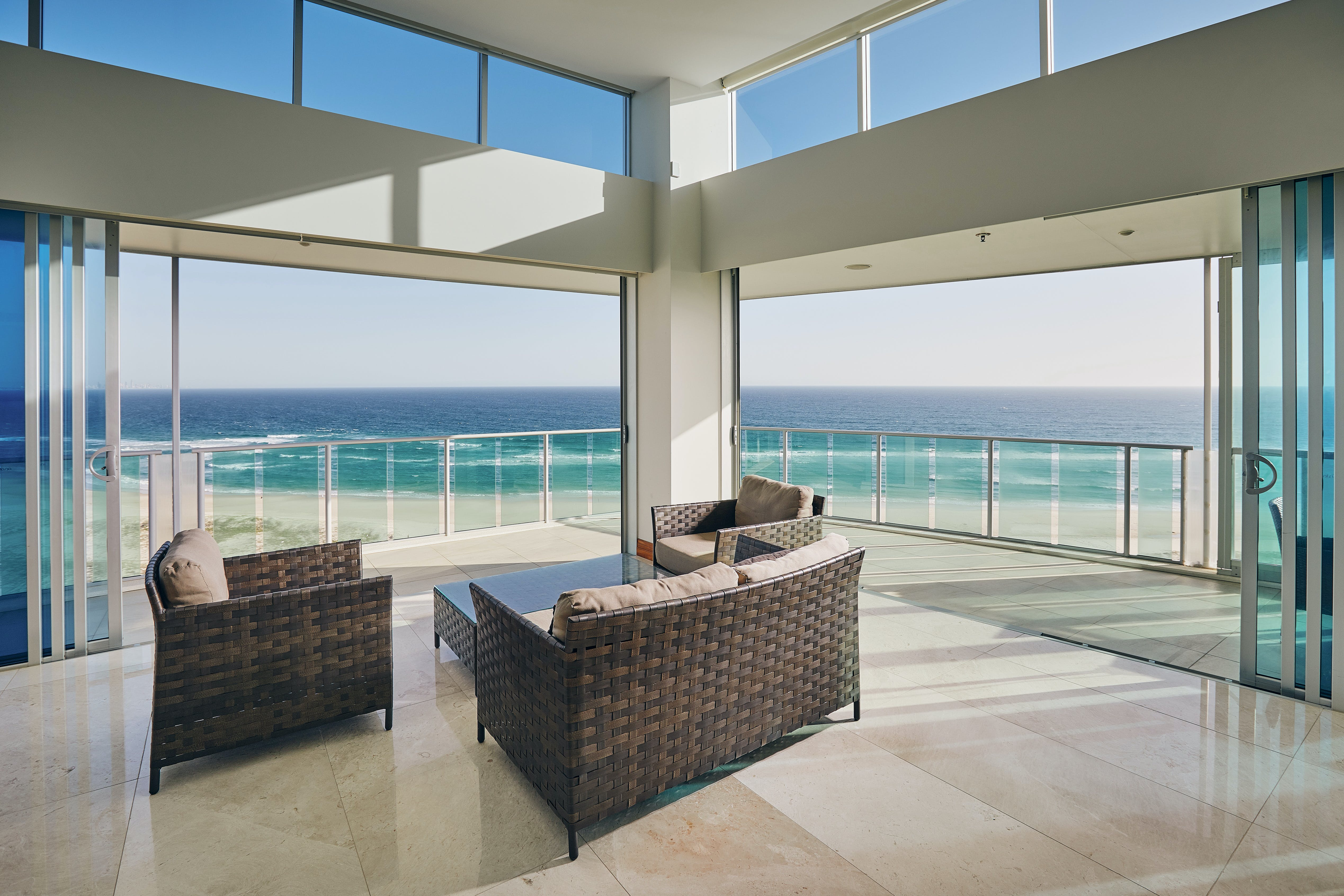 1504 Ocean view from Sitting