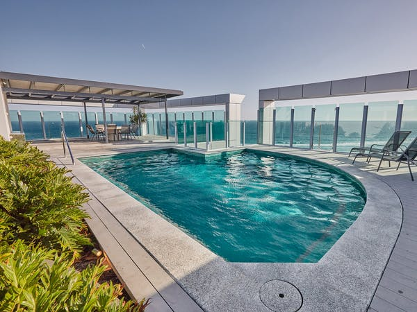 1504 Pool View