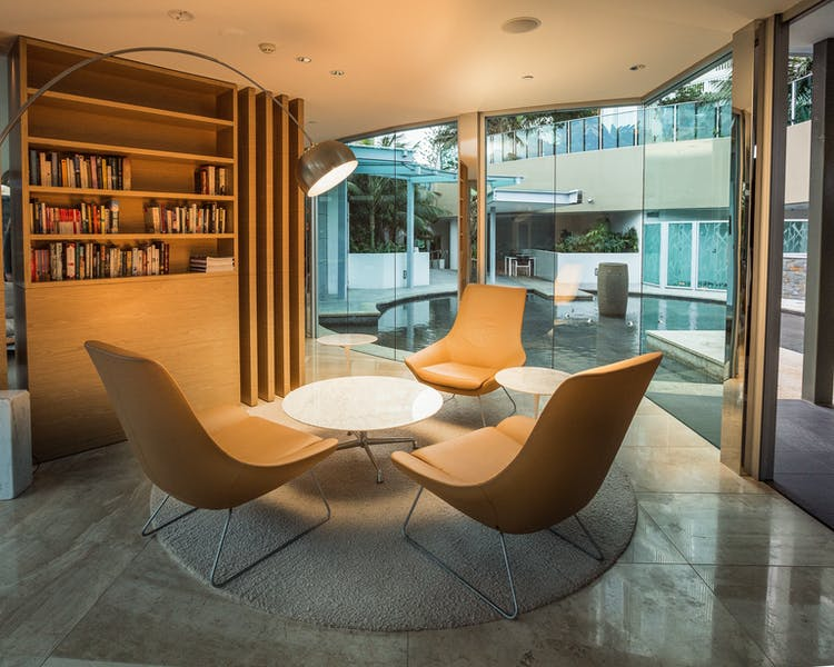 Executive Lounge Library