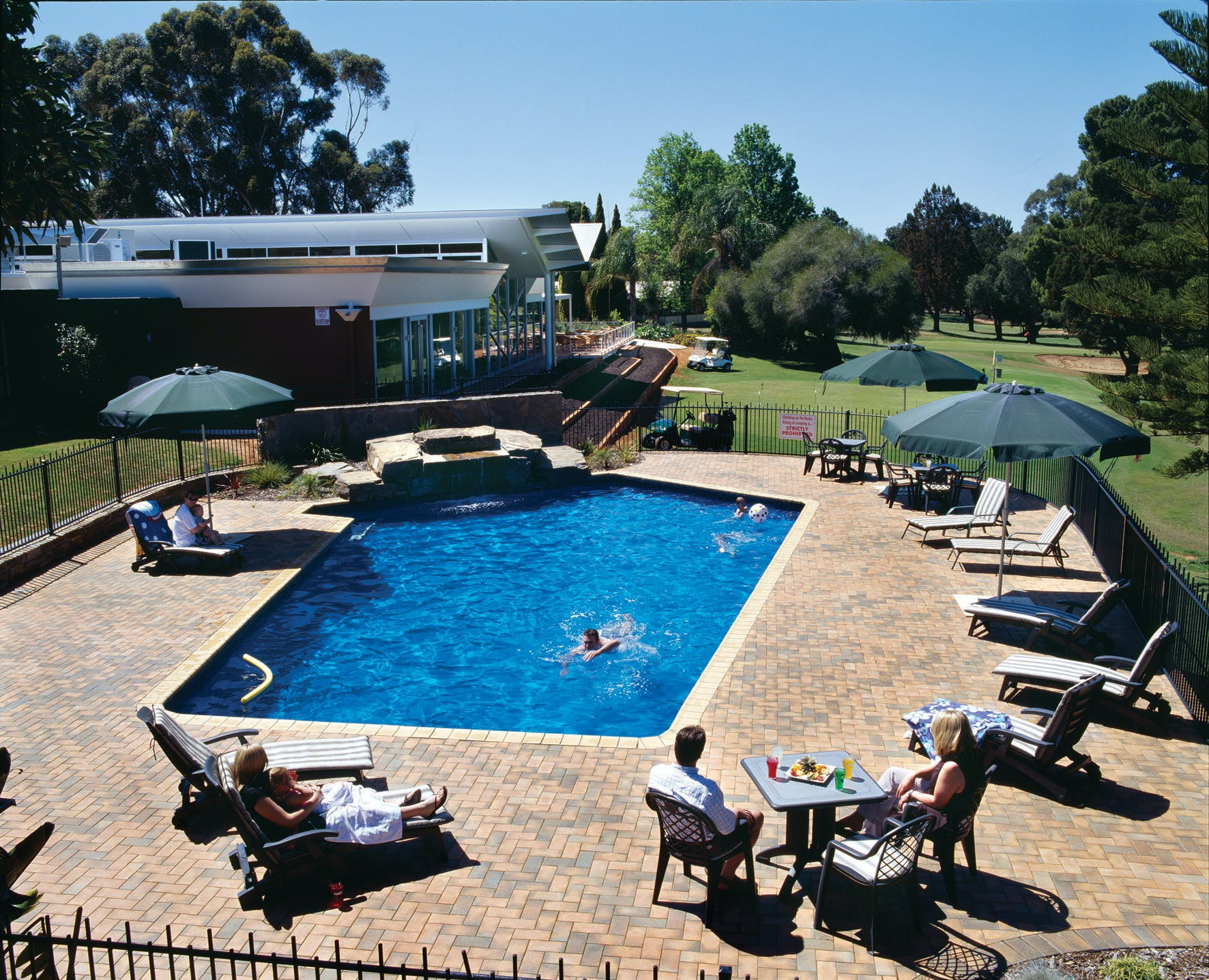 Pool, Renmark Country Club