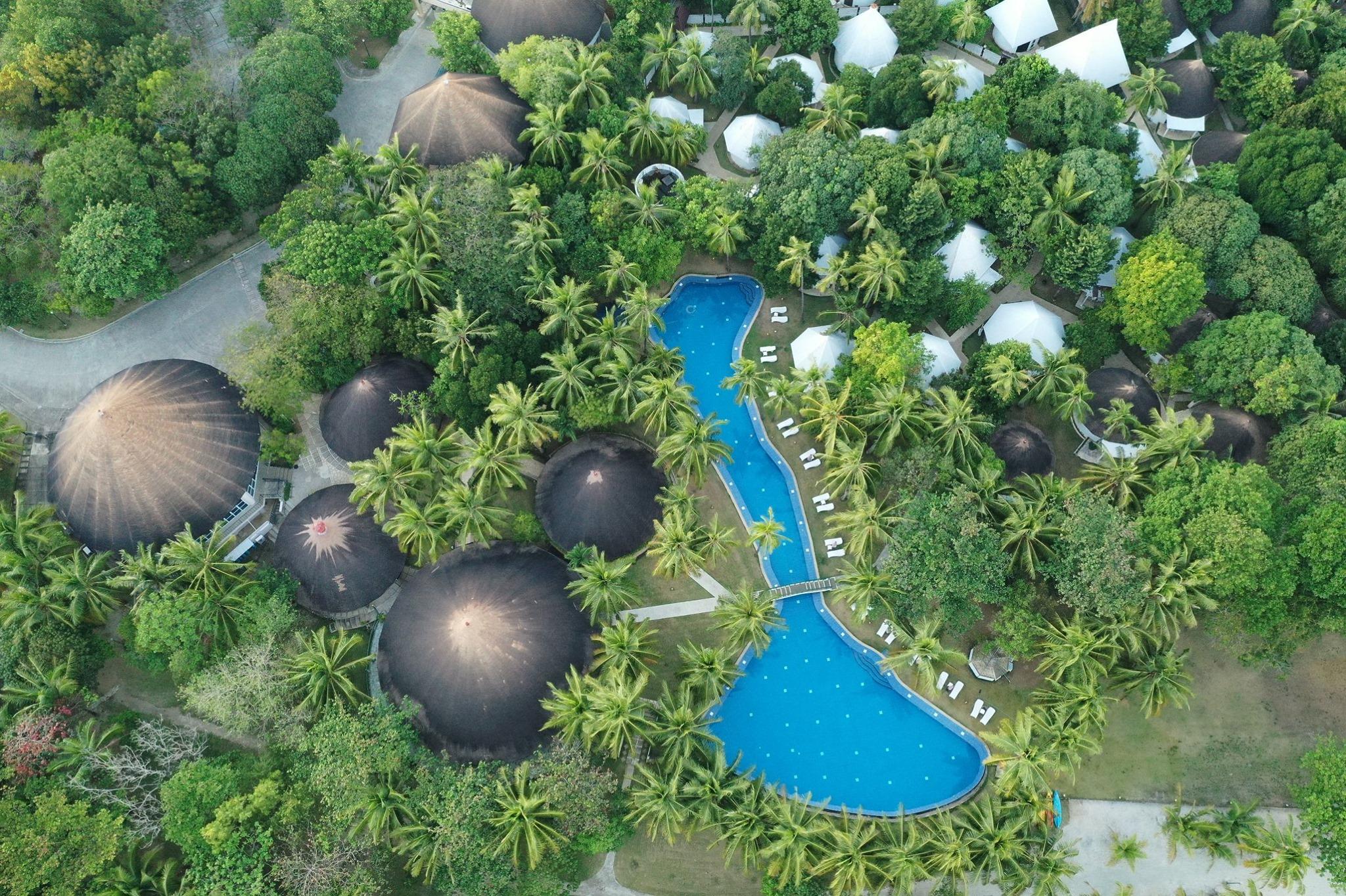 Home Cordova Reef Village Resort