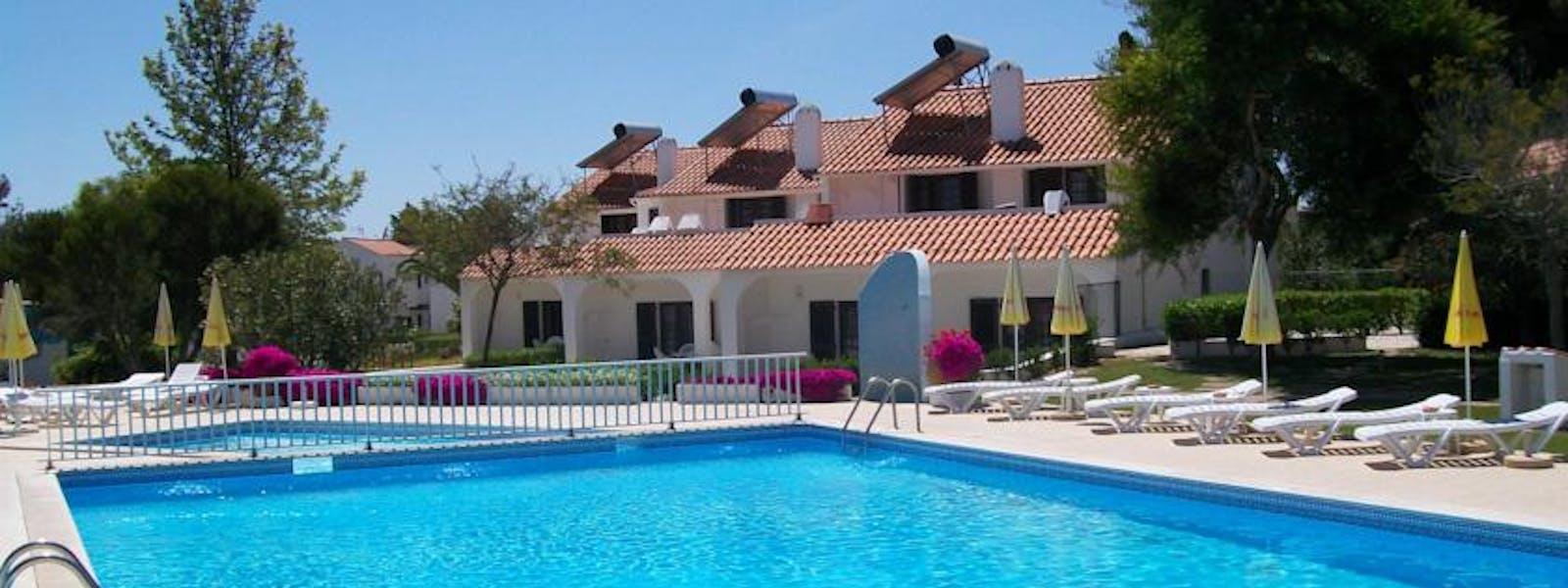 Home | Vale Carros Resort