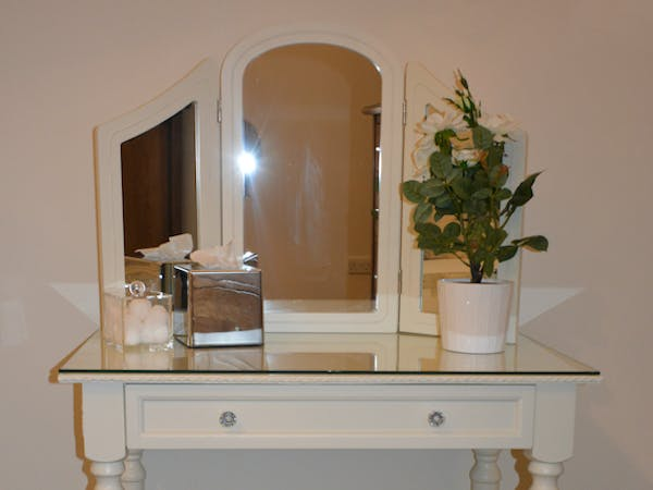 Haven Hall Hotel GS1 Dressing Table