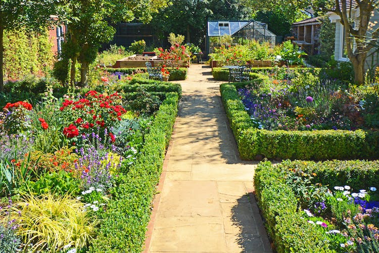 Haven Hall Hotel formal garden path