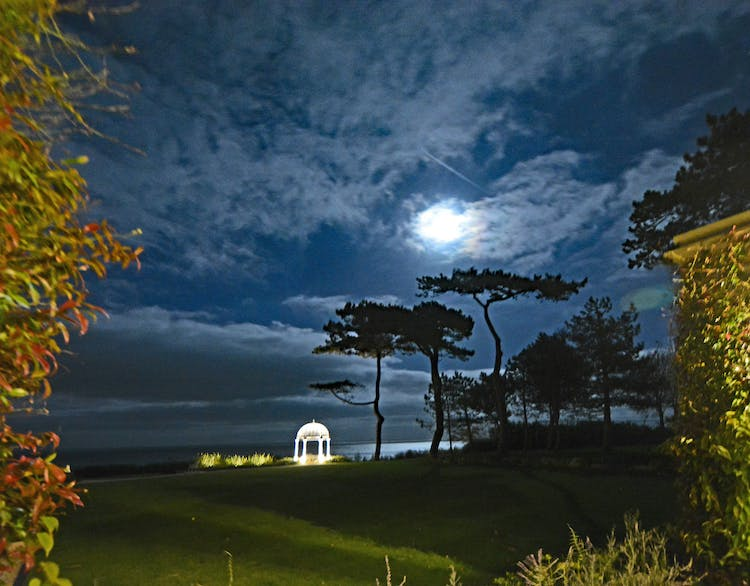 Haven Hall Hotel in the moonlight