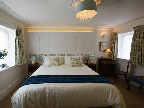 Haven Hall Hotel. Tennyson bedroom