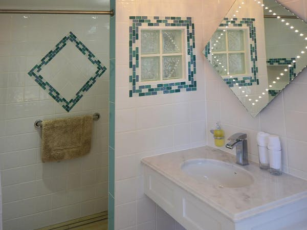 Haven Hall Hotel. Seashells ensuite bathroom with walk-in shower