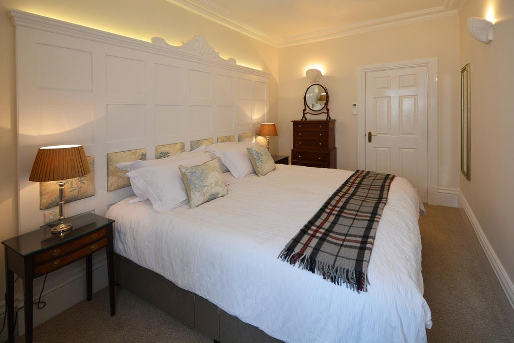Haven Hall Hotel. Gypsophila Suite bedroom