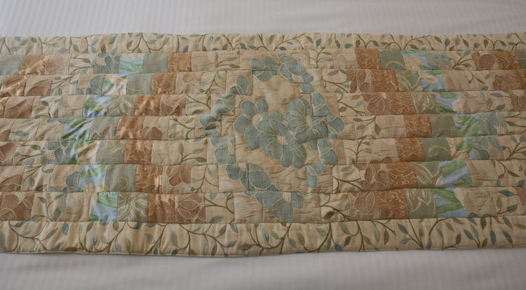 Haven Hall Garden Suite 2 quilt