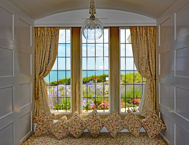 Haven Hall Hotel East Room Window seat