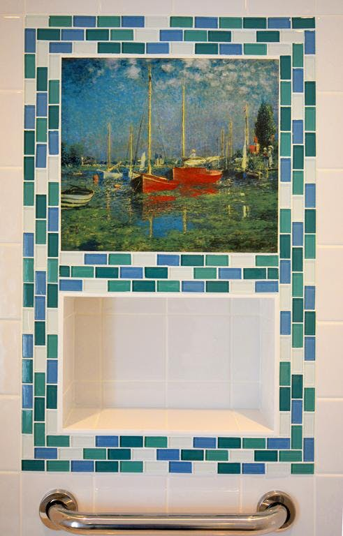 Haven Hall Hotel. Sailboats Suite bathroom