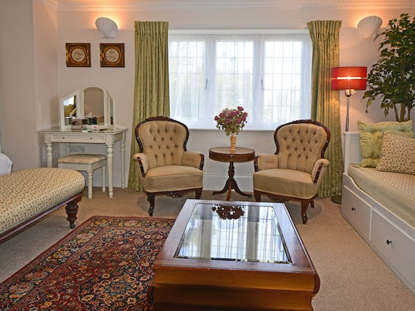 Haven Hall Hotel Sea View 2 Suite coffee table & chairs