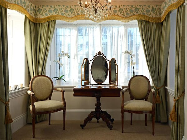 Haven Hall Hotel. John Keats bedroom