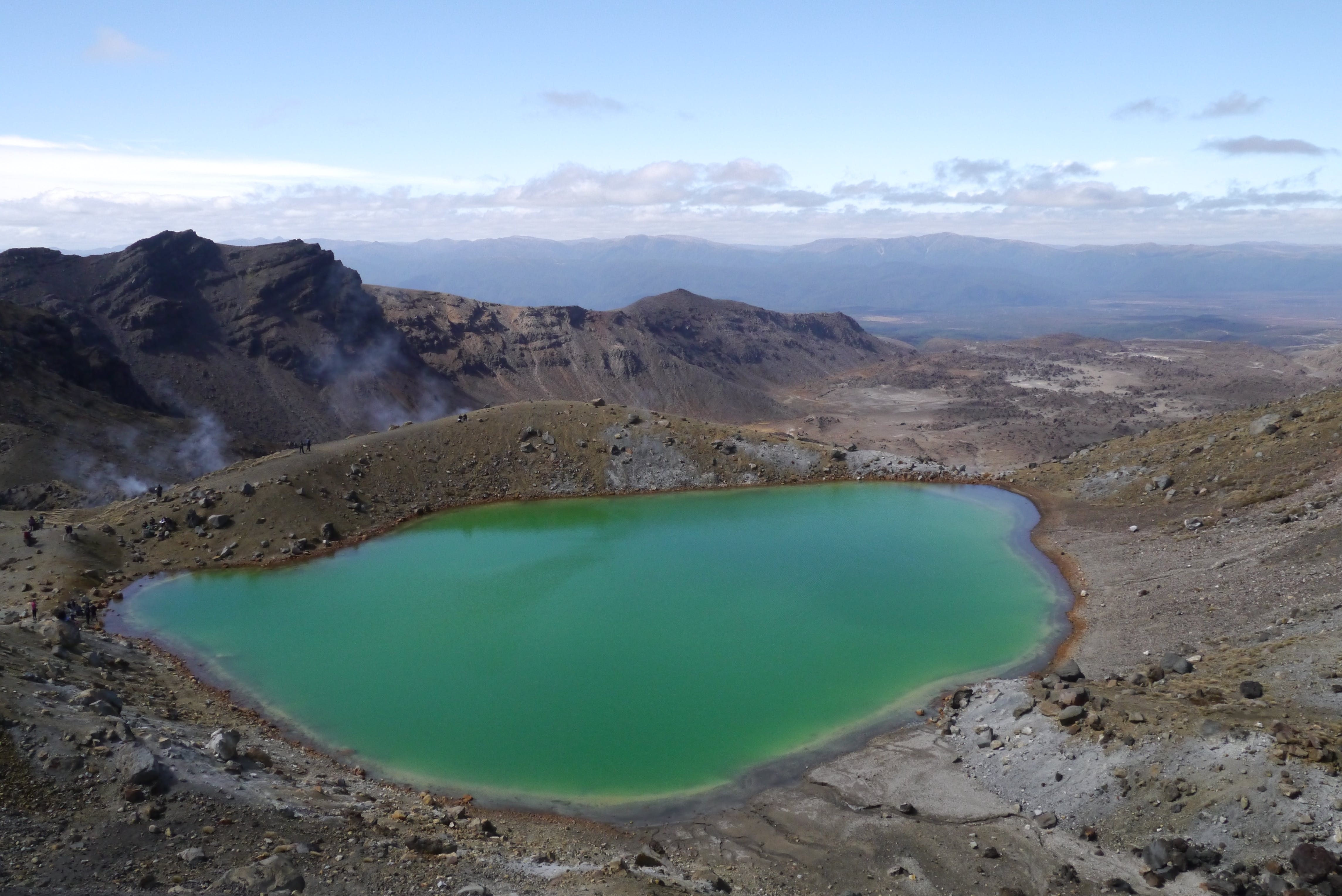 The Emerald Lakes - Tongariro Alpine Crossing.