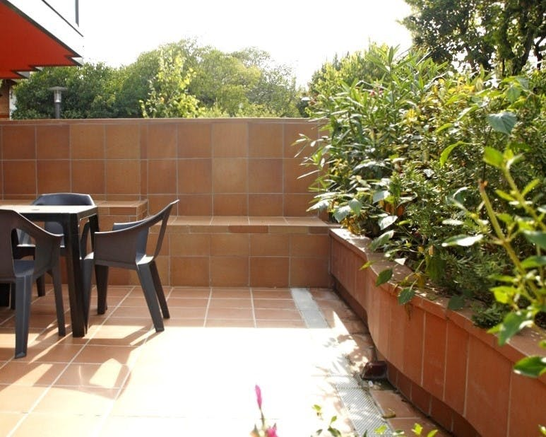 Apartment for 2 people with terrace (500 meters from Hotel Vilassar ****)
