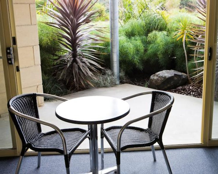 Portside Motel Port Campbell Patio