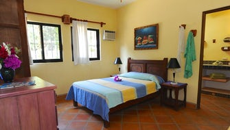 One Bedroom Apartment / Rosas