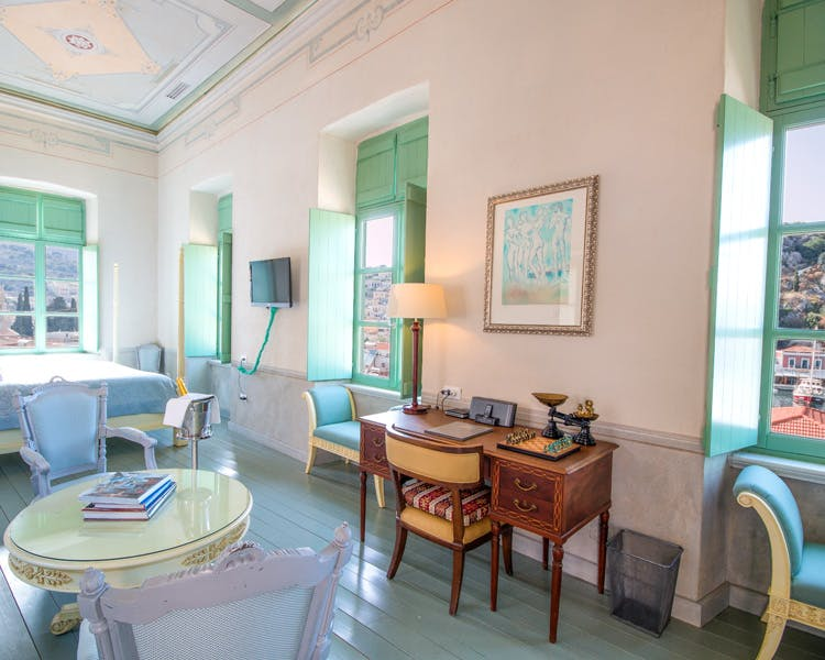 Symi Suite - The Old Markets