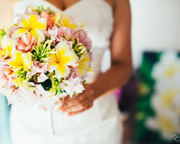 Bridal Bouquet #erakorbeachweddings #weddingceremonyonthebeachsouthpacific #Vanuatutropicalbeachweddings