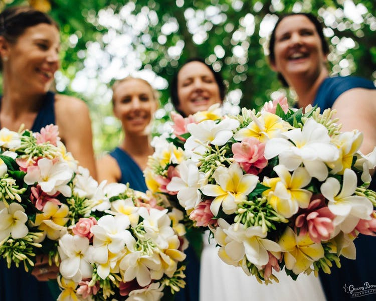 #erakorbeachweddings #weddingceremonyonthebeachsouthpacific #Vanuatutropicalbeachweddings frangipani bridal bouquets