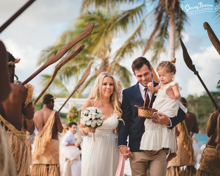Weddings on Erakor are perfect for everyone #erakorbeachweddings #weddingceremonyonthebeachsouthpacific #Vanuatutropicalbeach