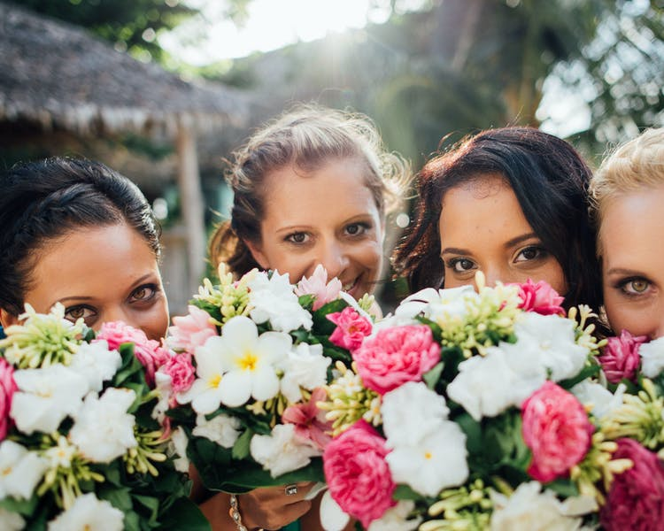 Tropical wedding bouquets #erakorbeachweddings #weddingceremonyonthebeachsouthpacific #Vanuatutropicalbeachweddings