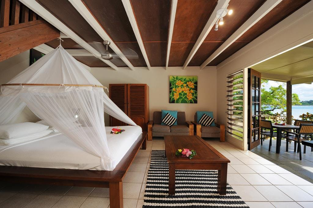Beachfront Deluxe Family Loft Villa - Master room