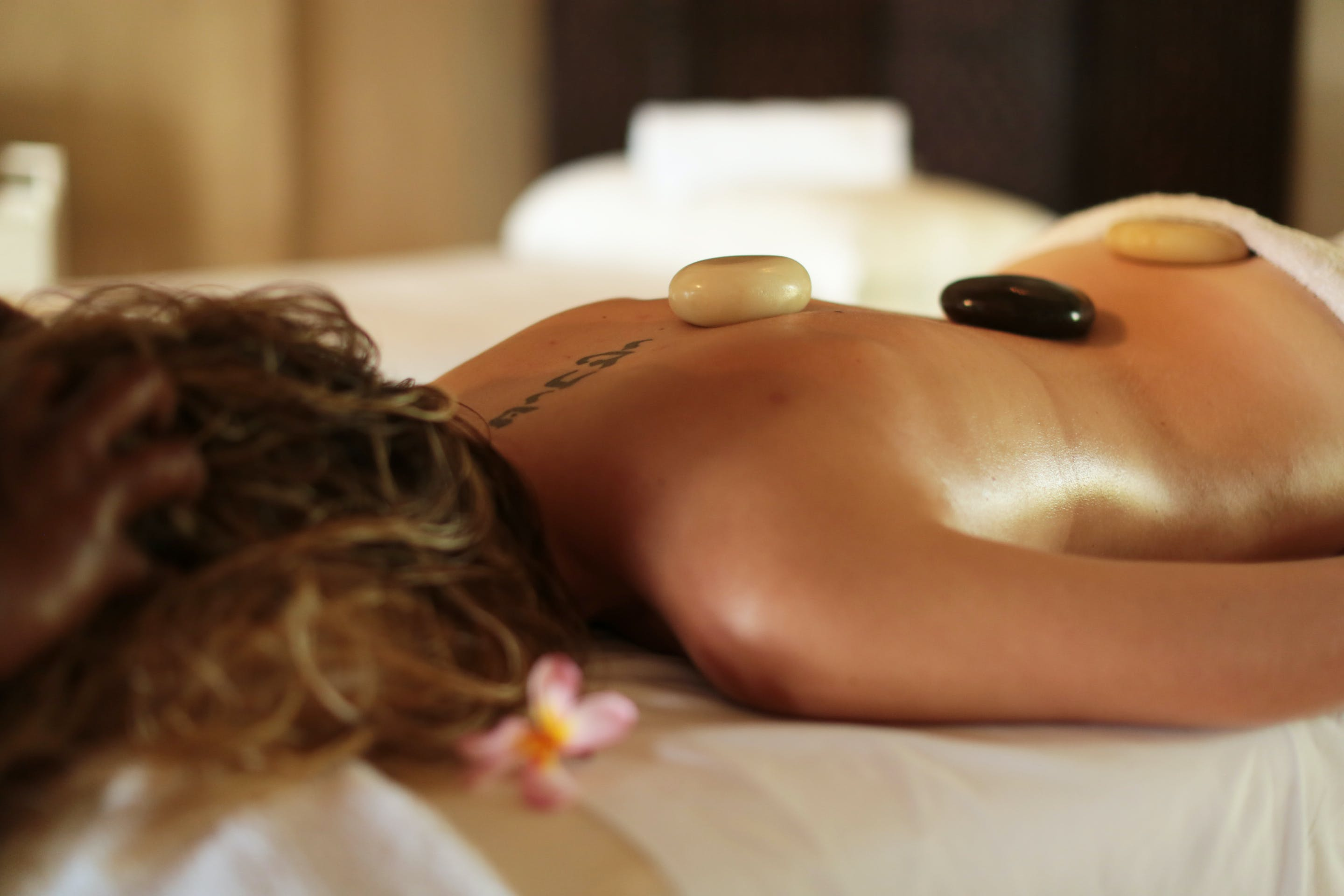 Essence Day Spa Hot Rock Massage Erakor Island resort & spa Vanuatu