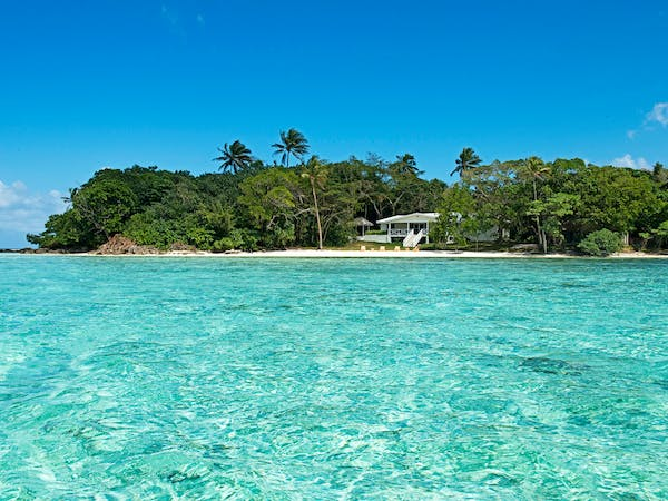 Crystal Blue Waters surrounding Erakor Island erakor island resort & spa #erakorislandresort #vanuatuholidays #tropicalisl