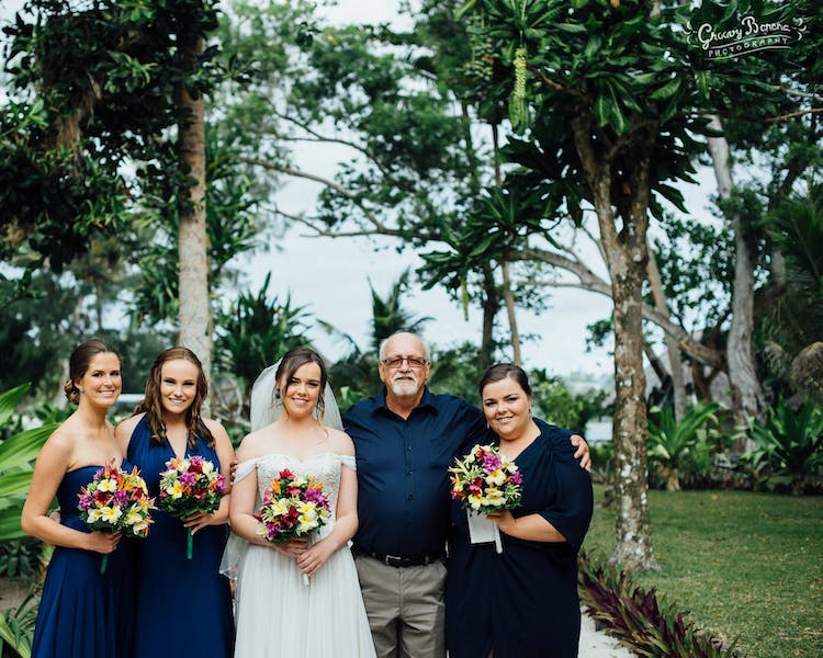 #erakorbeachweddings #weddingceremonyonthebeachsouthpacific #Vanuatutropicalbeachweddings frangipani bridal bouquet