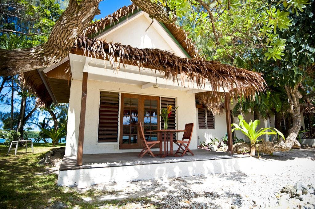 Beachfront Deluxe Family Loft Villa - Deck area erakor island resort & spa #erakorislandresort #vanuatuholidays