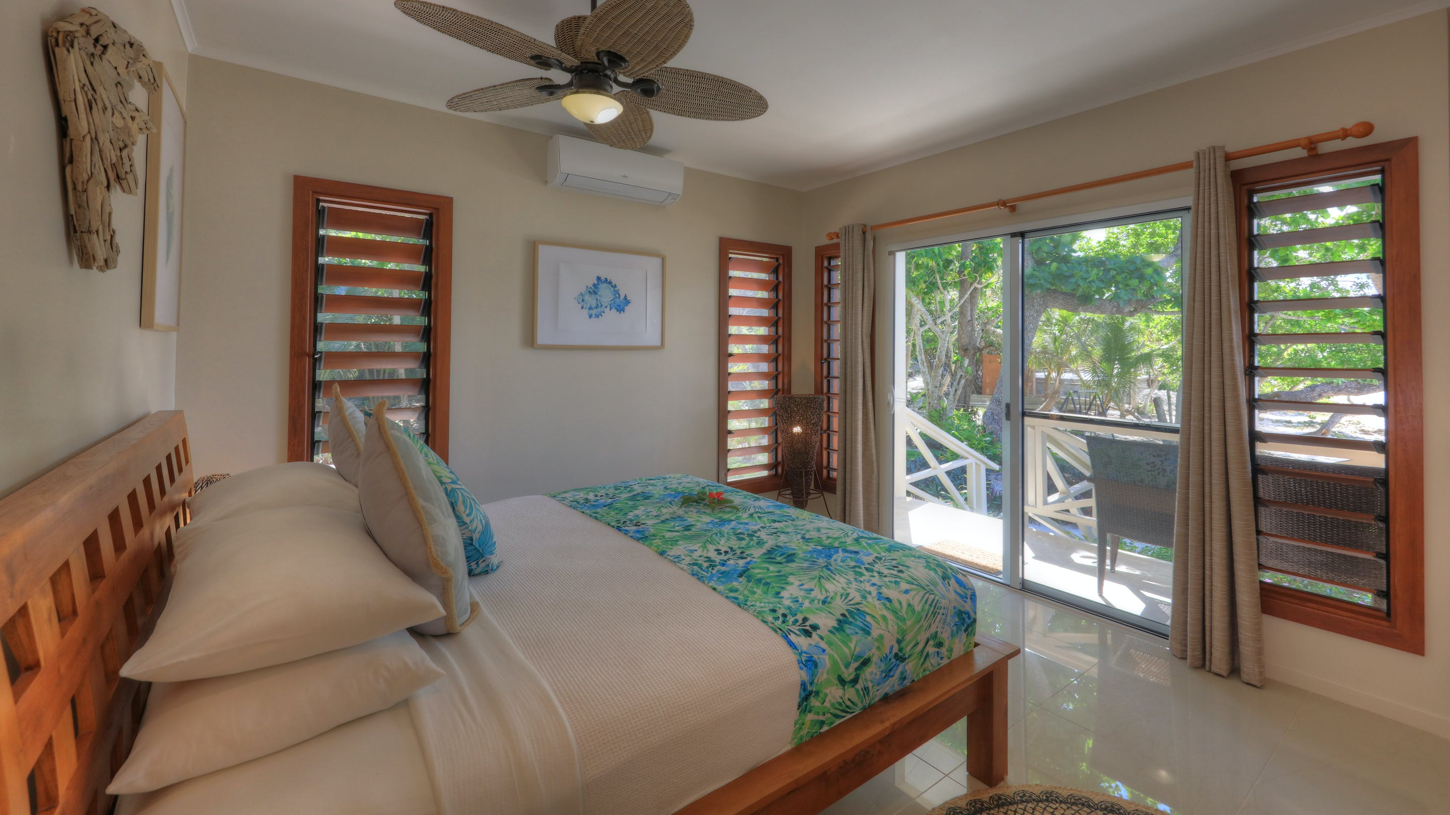 erakor island resort beach cottage master bedroom #erakorislandresort #tropicalislandholiday #Vanuatuaccommodation