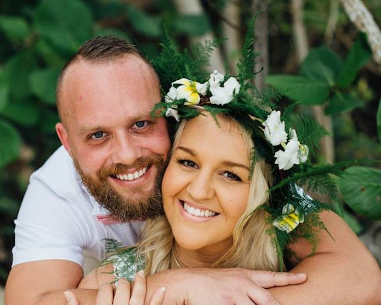 #erakorbeachweddings #weddingceremonyonthebeachsouthpacific #Vanuatutropicalbeachweddings bride & groom on erakor island