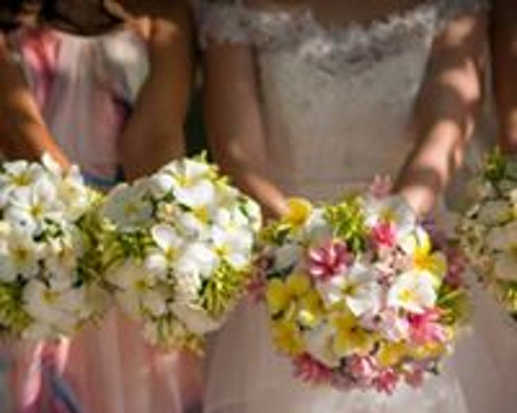 Wedding Bouquets #erakorbeachweddings #weddingceremonyonthebeach #tropicalbridalbouquet