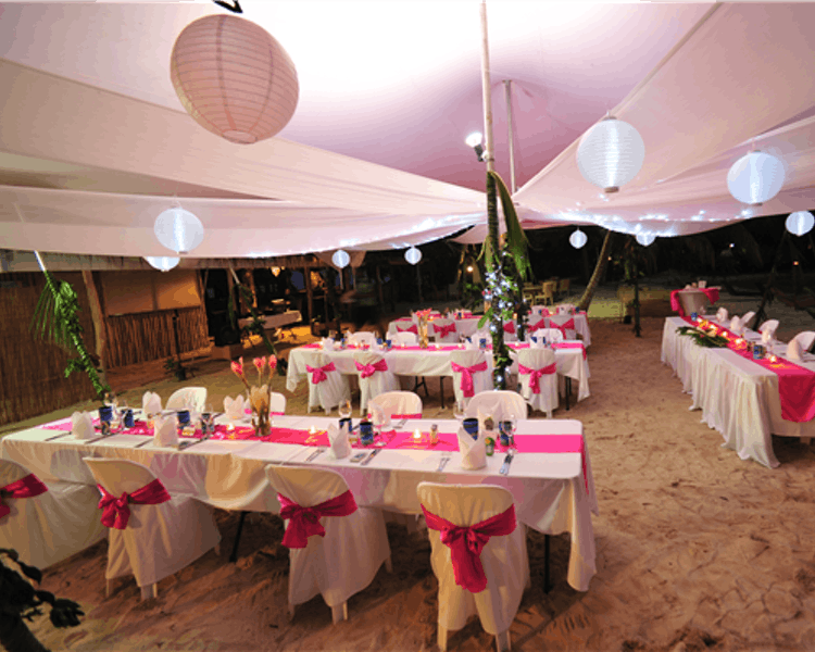 Wedding Reception on Calypso Beach #erakorbeachweddings #weddingreceptionthebeachsouthpacific #Vanuatu