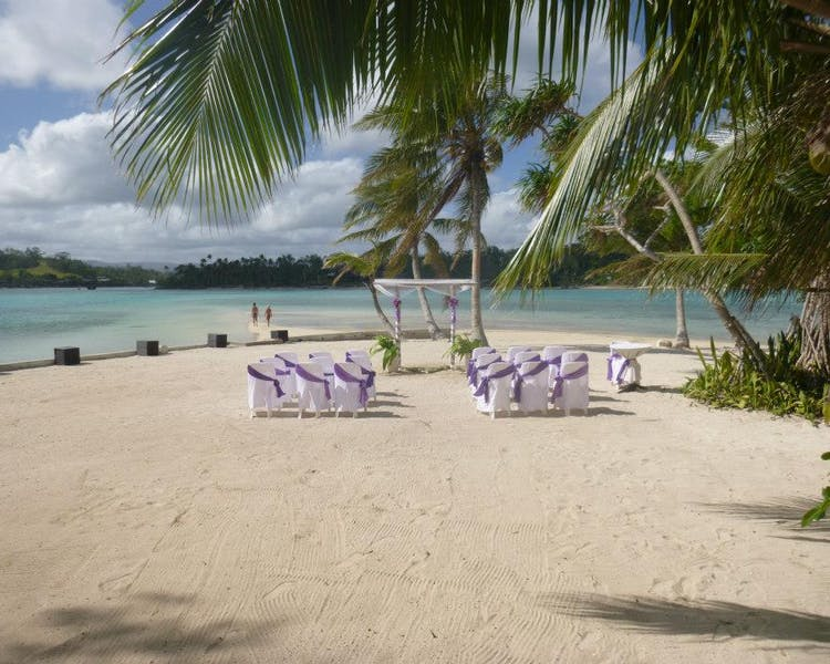 Coconut Beach Wedding Ceremony#erakorbeachweddings #weddingceremonyonthebeachsouthpacific #Vanuatutropicalbeachweddings