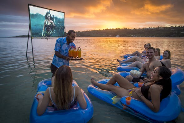 Erakor island resort event pizza & movie night tropical island holiday in Vanuatu #erakorislandresort #vanuatuholidays