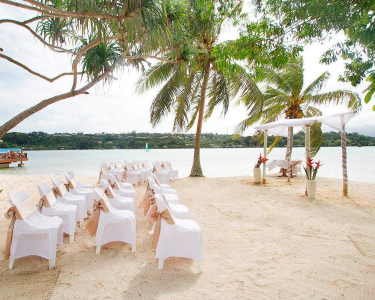 Coconut Beach Gorgeous Wedding Ceremony #erakorbeachweddings #weddingceremonyonthebeachsouthpacific #Vanuatutropicalbeach