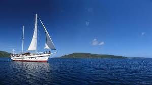 Touring Vanuatu, what better way than a day out sailing. erakor island resort & spa #erakorislandresort #vanuatuholidays
