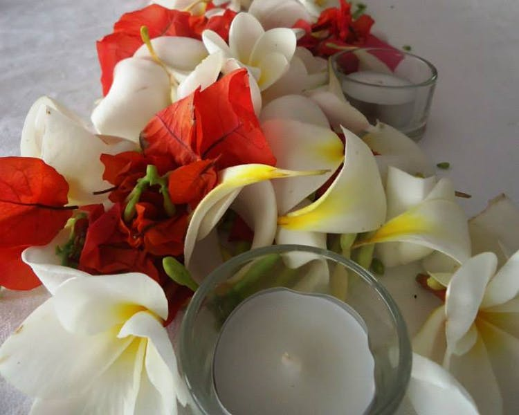 Wedding Reception Floral Decor #erakorbeachweddings #weddingreceptionthebeachsouthpacific #Vanuatutropicalbeachweddings