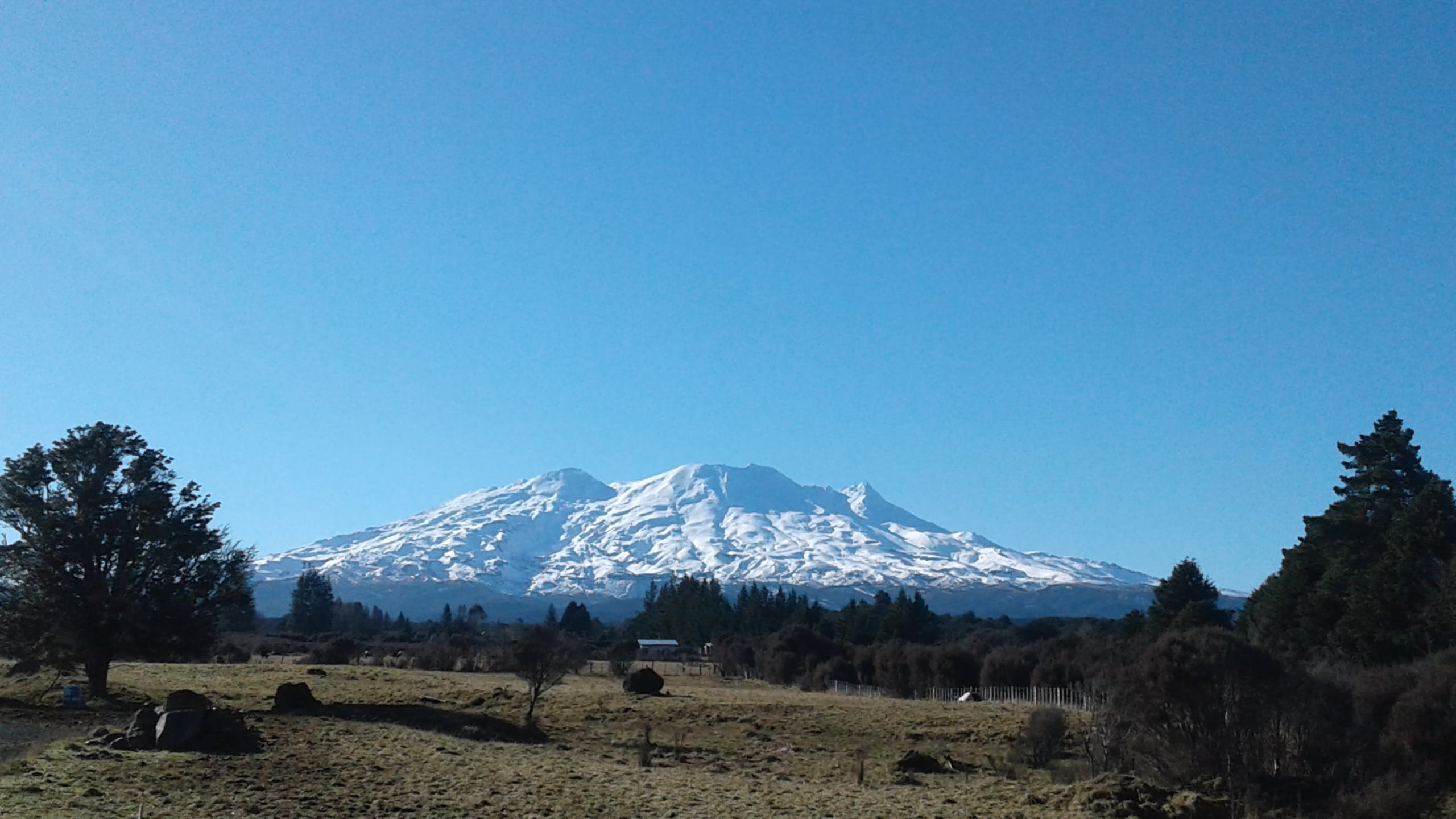 Mt Ruapehu view while driving towards the cottage.