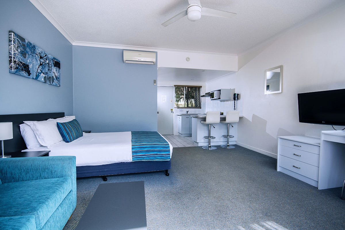 Spa rooms with kitchen facilities in Hervey Bay