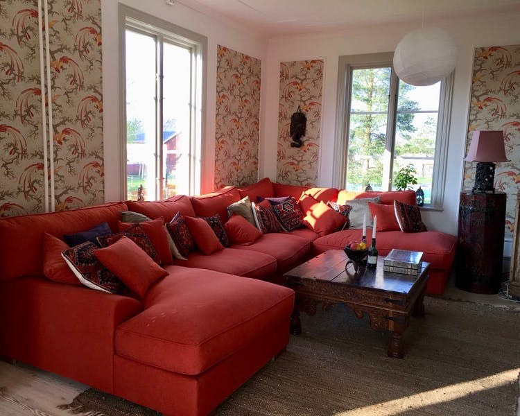 The super comfy lounge at Three Pheasants Bed and Breakfast